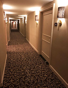 NY Marriott Downtown-Corridor